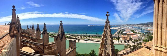 Vista panorámica de la bahía desde La Seu.